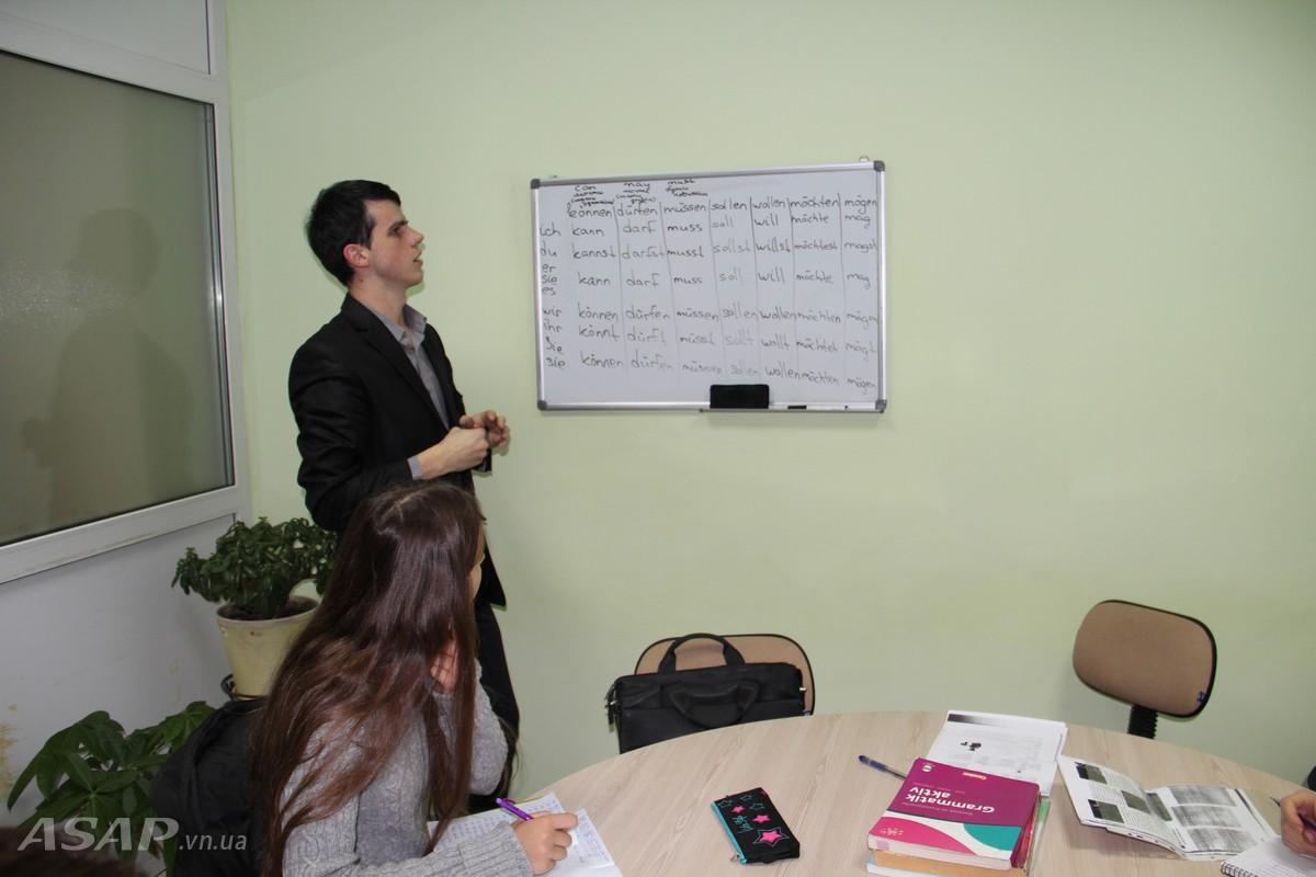 Английский язык каждому: http://asap.vn.ua/ru/news/angliyskiy-yazyik-kazhdomu.html